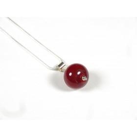 Collier pendentif une perle rouge