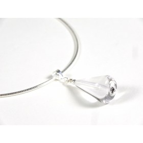 Collier Oméga poire, transparent incolore