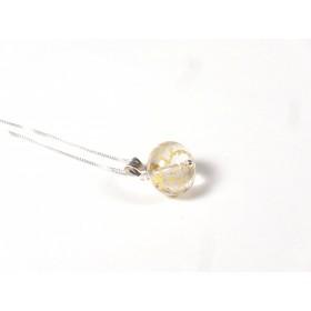 Collier petit pendentif feuille d'or