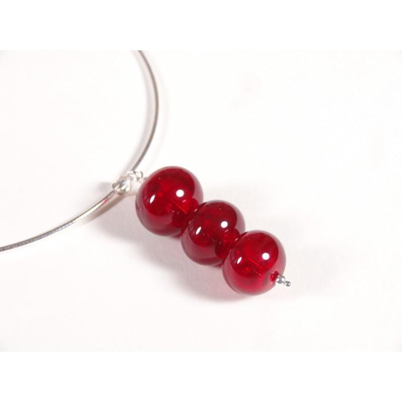 Collier pendentif trio, perles creuses rouge vif transparent